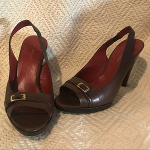 Banana Republic brown leather Peeptoe slingbacks